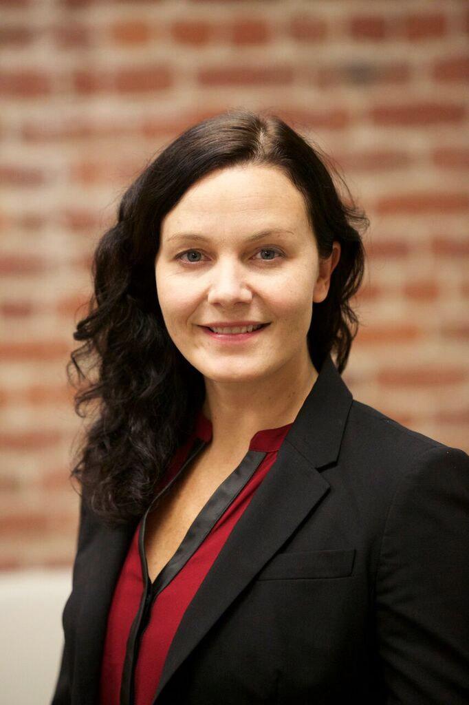 Danielle E. Leonard
